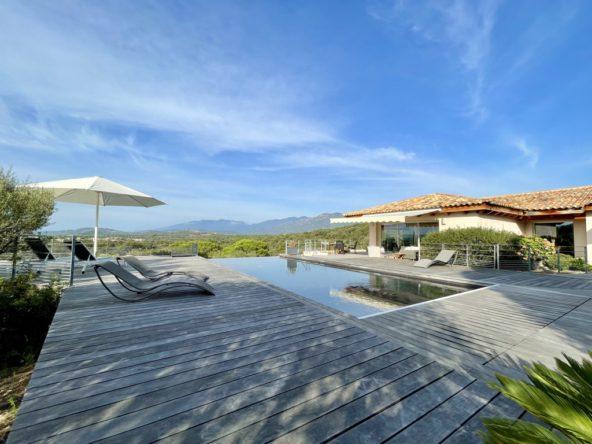 Villa Serena Location villa Porto-Vecchio Corse du Sud vacances luxe 5 chambres piscine vue mer