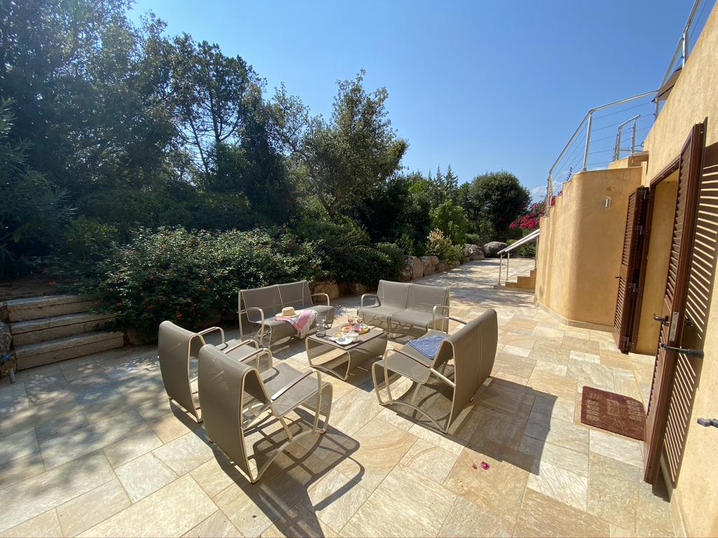 Location Villa Marlis avec piscine Domaine de cala Rossa Porto Vecchio Corse du sud plage privé à pieds luxe