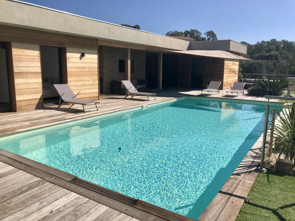 Casa Di Legnu Location villa Porto-Vecchio luxe piscine proche plage 3 chambres 6 personnes corse du sud