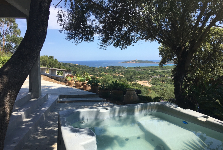 Location villa Altetu Pinarello Porto-Vecchio Corse du sud proche plage piscine 3 chambre 6 couchages