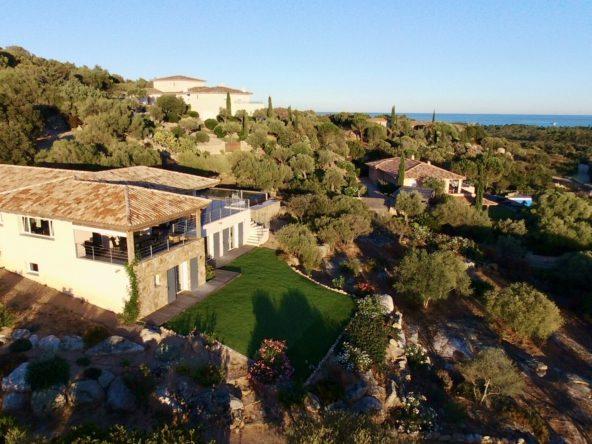 Location villa Luxe porto vecchio Corse du sud vue mer piscine chauffée 5 chambres vue montagne proche plage St Cyprien et Cala Rossa